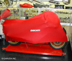 COVERBIKE DUCATI MHR 装着例