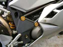 MV AGUSTA F4 1000S フレーム穴ブラインドキャップ1